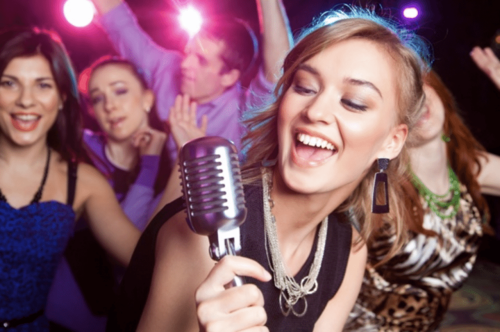 , 10 BEST HEN PARTY SONGS TO ADD TO YOUR PLAYLIST!
